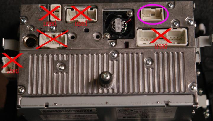 Помогите пожалуйста разобраться с разъёмами на штатный монитор для Мазды СХ-7 и подключить ДВД проигрыватель.